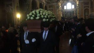 A Milano famigliari e amici intimi per ultimo saluto a S.Ligresti