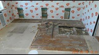 видео Как выровнять пол под ламинат в старом доме
