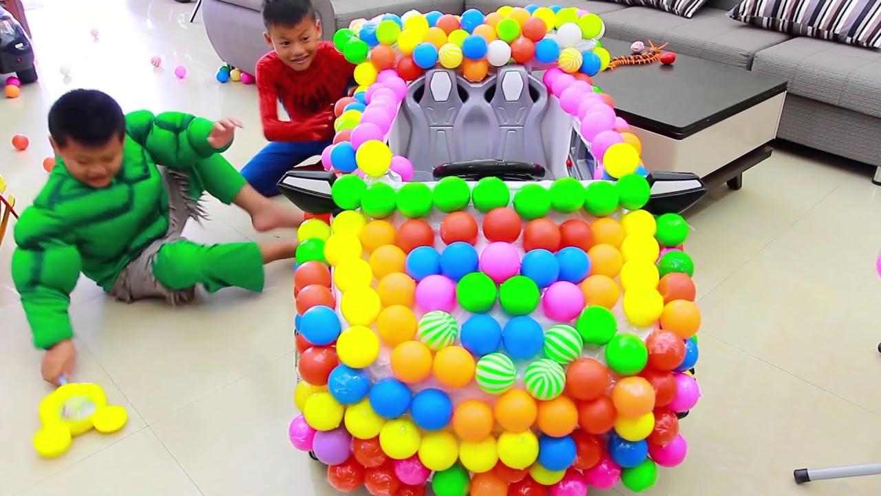أطفال يلعبون سيارات مع كرات ألعاب للأطفال أغاني الحضانة القوافي Youtube