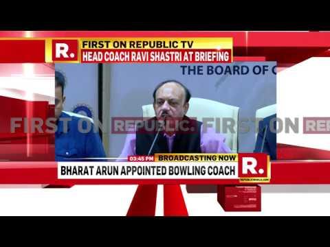 Ravi Shastri gets his way | Republic TV