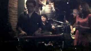 Acid Society Band with Vahn The Voice 3 Over The Rainbow Live@Avant Garde Bistro 15/9/2012