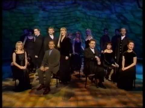 stoppers starring Gary Wilmot  Les Misérables