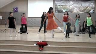 Dia das Maes coreografia , linda e engraçada.....wmv