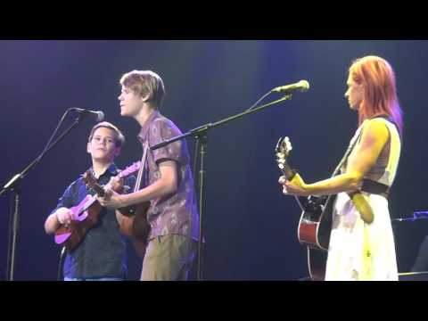 Kasey Chambers with Sam & Lee Dyball - The Captain
