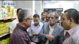 بالفيديو : جولة شاملة لمحافظ المنيا على الأسواق والمراكز الصحية بالمدينة