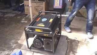 видео Бензогенератор Huter DY 6500 LXA