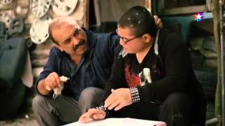 Kardeş Payı: Sezai'nin Oğlu ders çalışırken