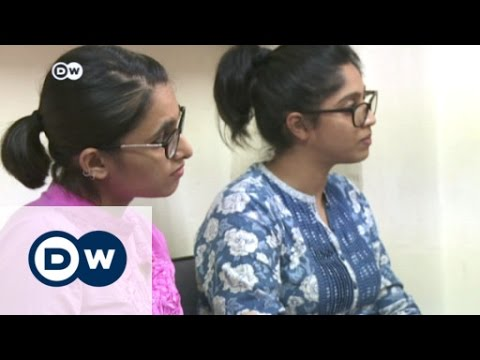 Students weigh in on Kashmir violence | DW News