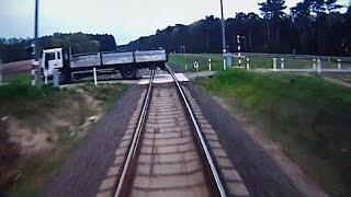 بولندا: شاهد كيف حمت فطنة سائق قطار الركاب    13-5-2016