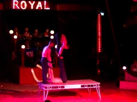 circus ROYAL  show 1 teil