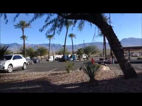 Exploring around Mesquite, Nevada; 2 casinos; Food Banks