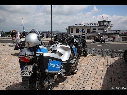 Polizei kontrolliert Biker auf der Wasserkuppe