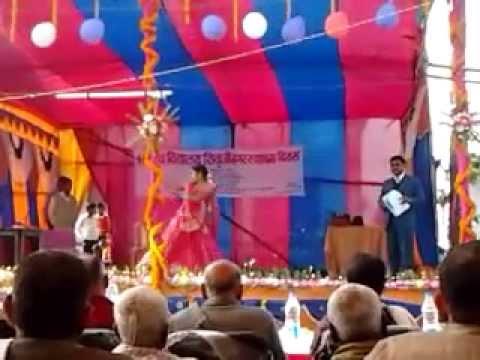 awesome dance perform by school girl. on Satya hi shiv hai shiv hi sundar  song.