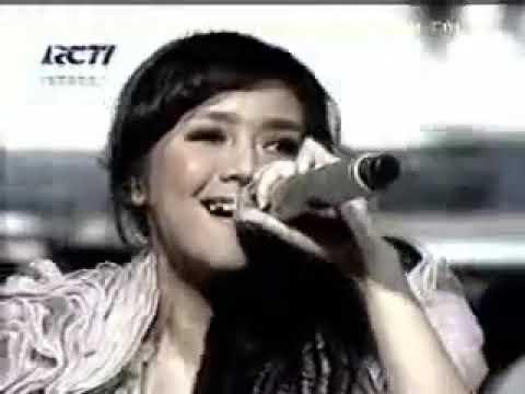 Gita gutawa feat vidi aldiano, live ulang tahun RCTI 21 - Harmoni cinta