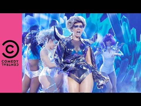 Bellamy Young Performs Lady Gaga's 'Born This Way' | Lip Sync Battle