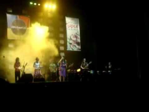Mariada tocando Viagem - Vanessa da Mata