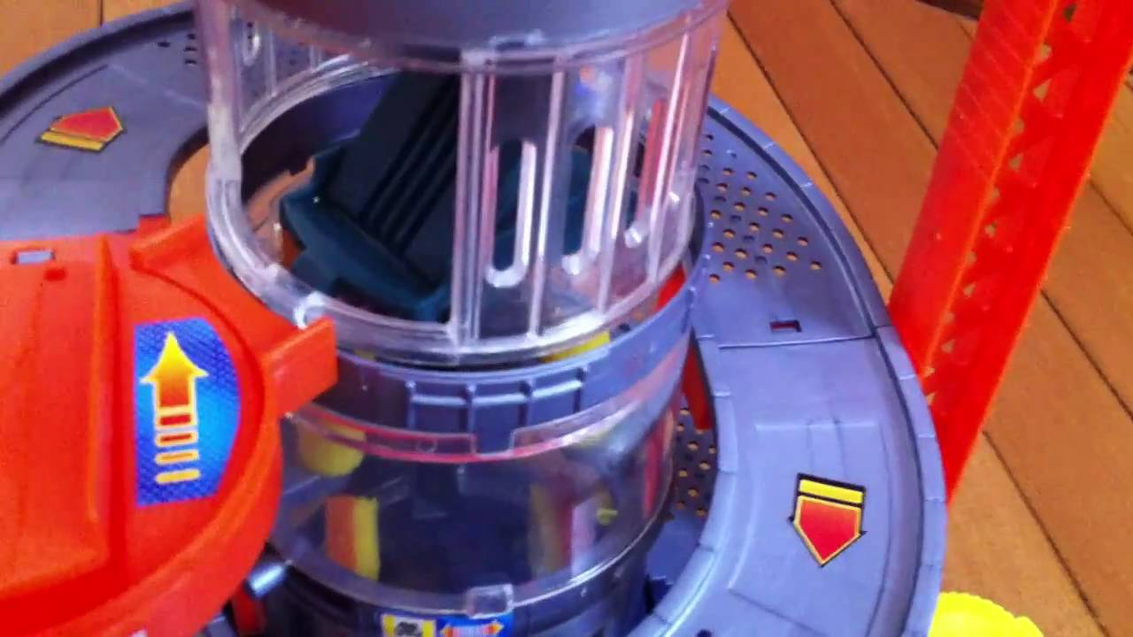 Hot Wheels Car Wash Playset Put Together And Features Youtube
