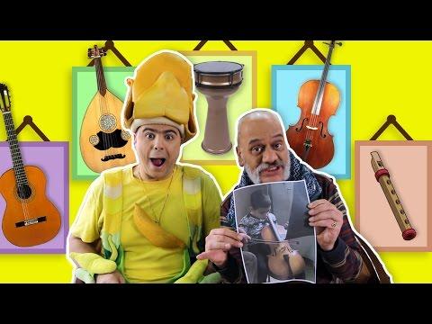 فوزي موزي وبائع آلات الموسيقى – صور اطفال تعزف على آلتهم الموسيقية