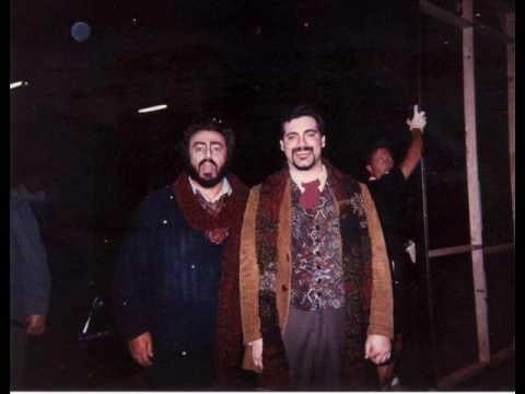 Leonardo López Linares with LUCIANO PAVAROTTI  -