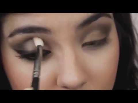 Быстрый макияж для карих глаз видео