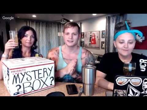 bought-a-vintage-clothing-mystery-box-on-ebay-for-20-what-s-inside-live-unboxing-video