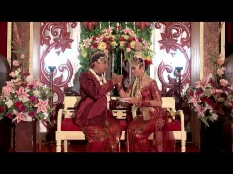 Traditional Wedding of Indonesia ( temu manten)