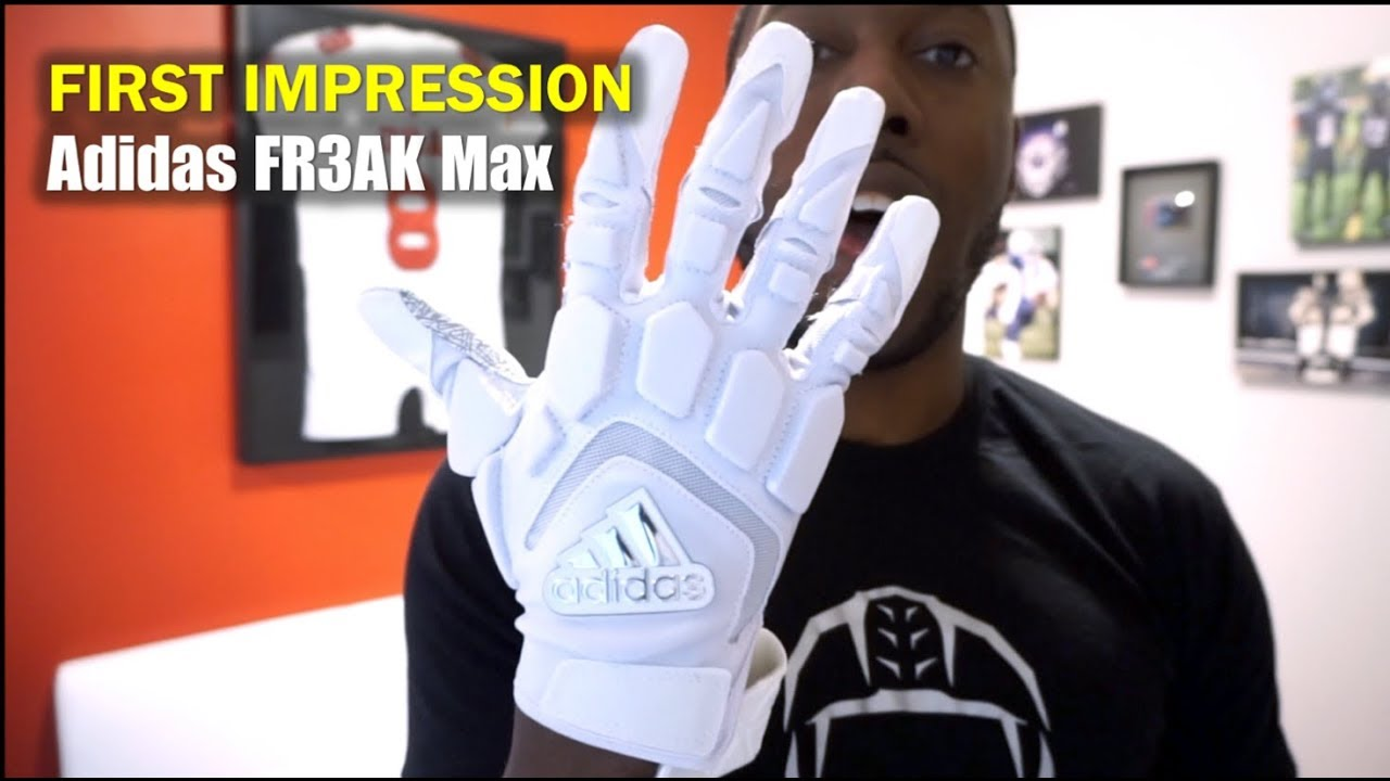 10 Best Football Lineman Gloves Reviewed And Rated In 2019