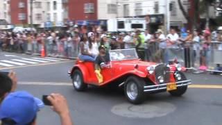 Desfile de carros clásicos y antiguos Feria de Cali 2015 (1)