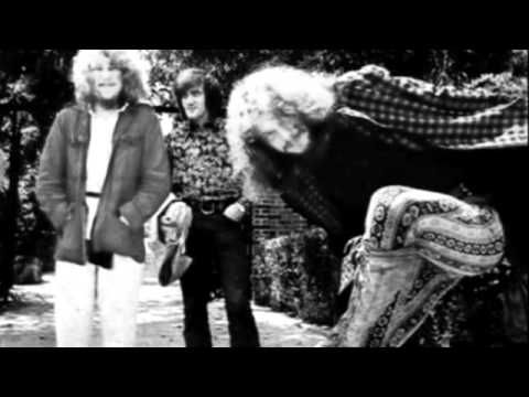 JETHRO TULL ::: Skating Away