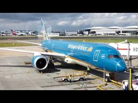 Boeing 787 Dreamliner Vietnam Airlines flight from London Heathrow to Hanoi Noi Bai