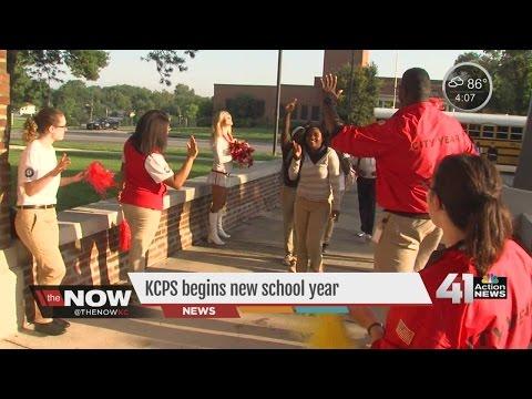 Kansas City students return to school