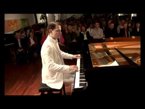 Is this the World Record in High Speed Piano??? David & Götz - The Showpianists