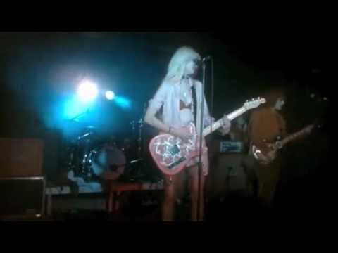 The Pretty Reckless - My Medicine Music Video