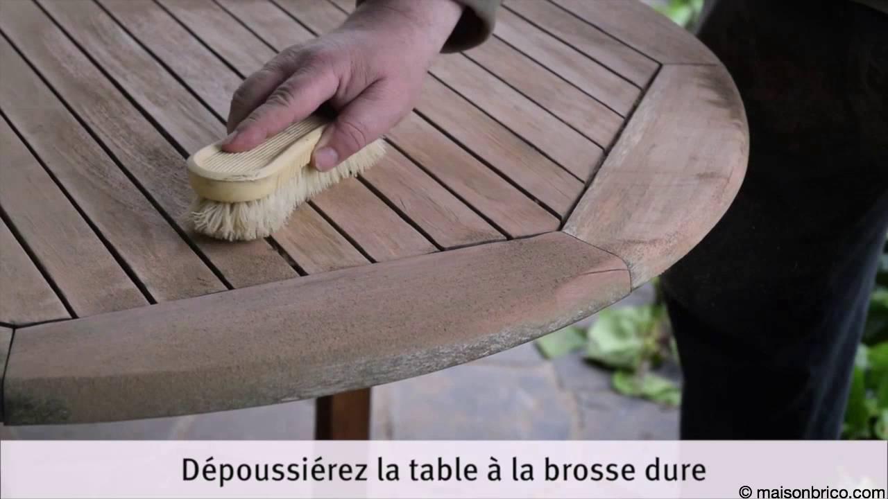 Rénover une table de jardin par ponçage et huilage - YouTube