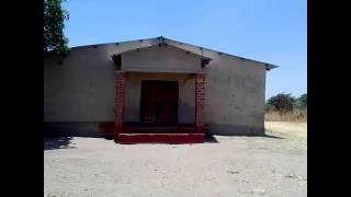Baixar 60 pupils use a single toilet at Abundant Life Christian school in the Central part of Zambia.