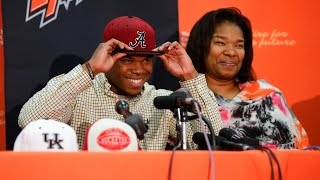 Damien Harris chooses Alabama