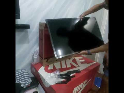 Unboxing 2019 New LG LED TV 32LM550BPTA