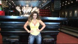 Pit Bull Jeans - Making of - Campanha 2013 - Viviane Araújo.