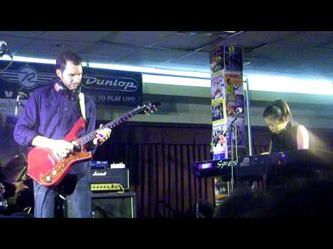 Paul Gilbert - Scarified - Jan 20th 2012 - Deke Dickerson Guitar Geek Festival 2012