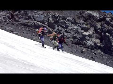 Descente du volcan Villarica par des guides chiliens!