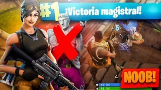 """A """"NOOB"""" without SKIN DISVAting in Fortnite: Battle Royale"""