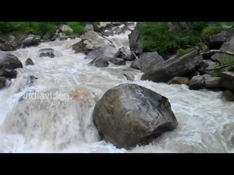 Thundering Pushpavathi river, Valley of Flowers