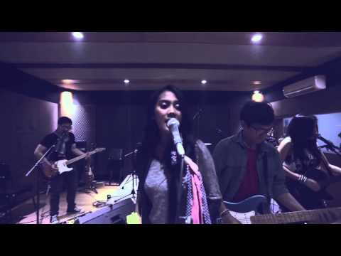 Sunset Groove - Kebebasan (Singiku Cover, Live From Studio)