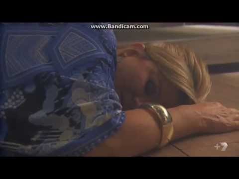 Home and Away - Marilyn gets Electrocuted (6277)