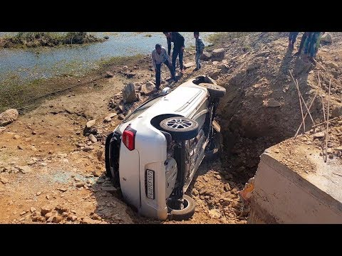 Car Accidents on Indian Roads & Godhra (Day 3: Udaipur to Vadodara)