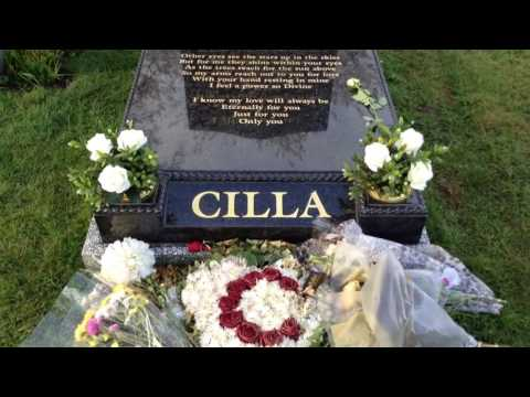 Cilla Black Grave With New Headstone Allerton,Liverpool.