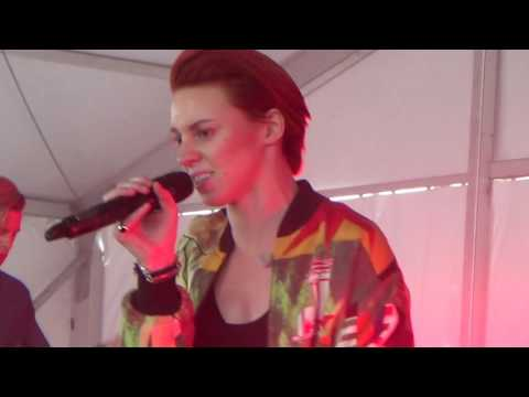 La Roux - In For the Kill (live) - Governors Ball New York 2014