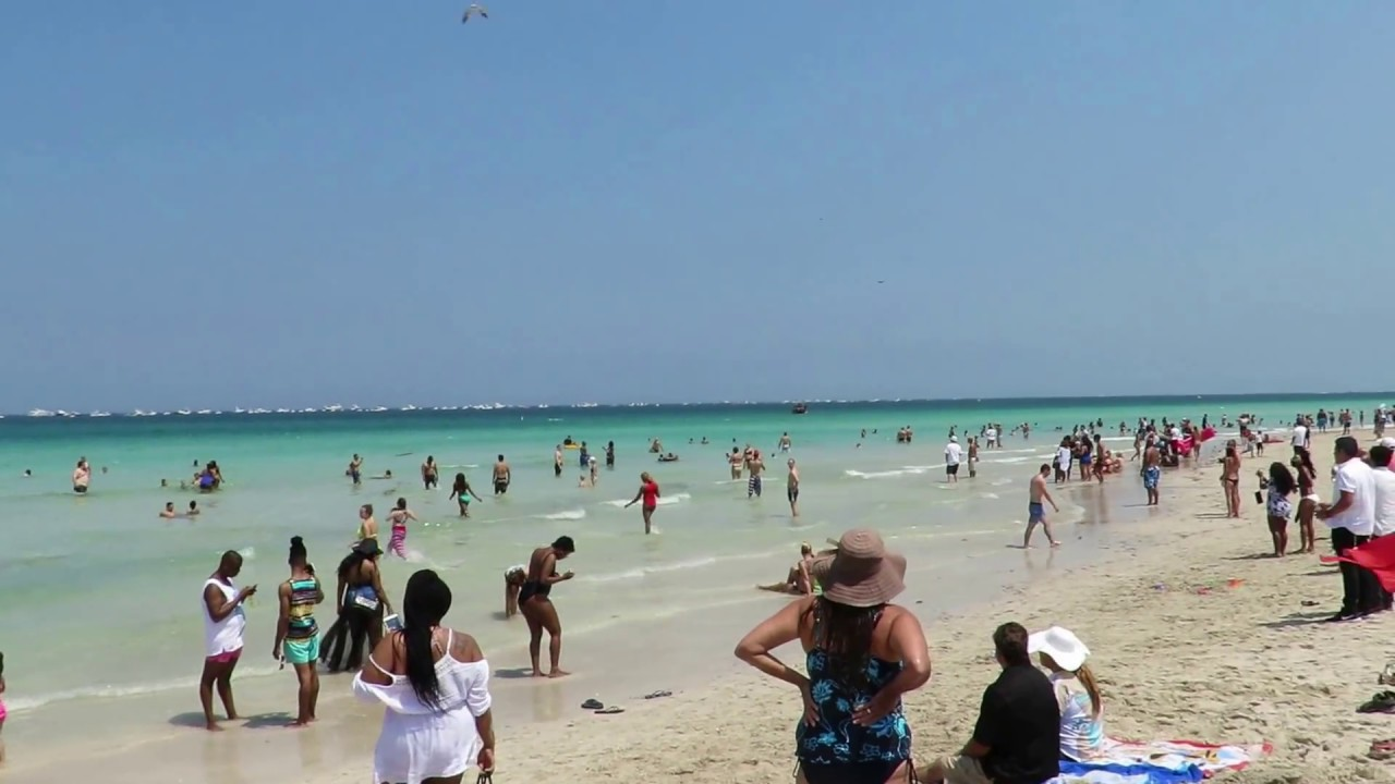 Miami Beach Floridas Memorial Day Weekend Air Show 2017 Fly By
