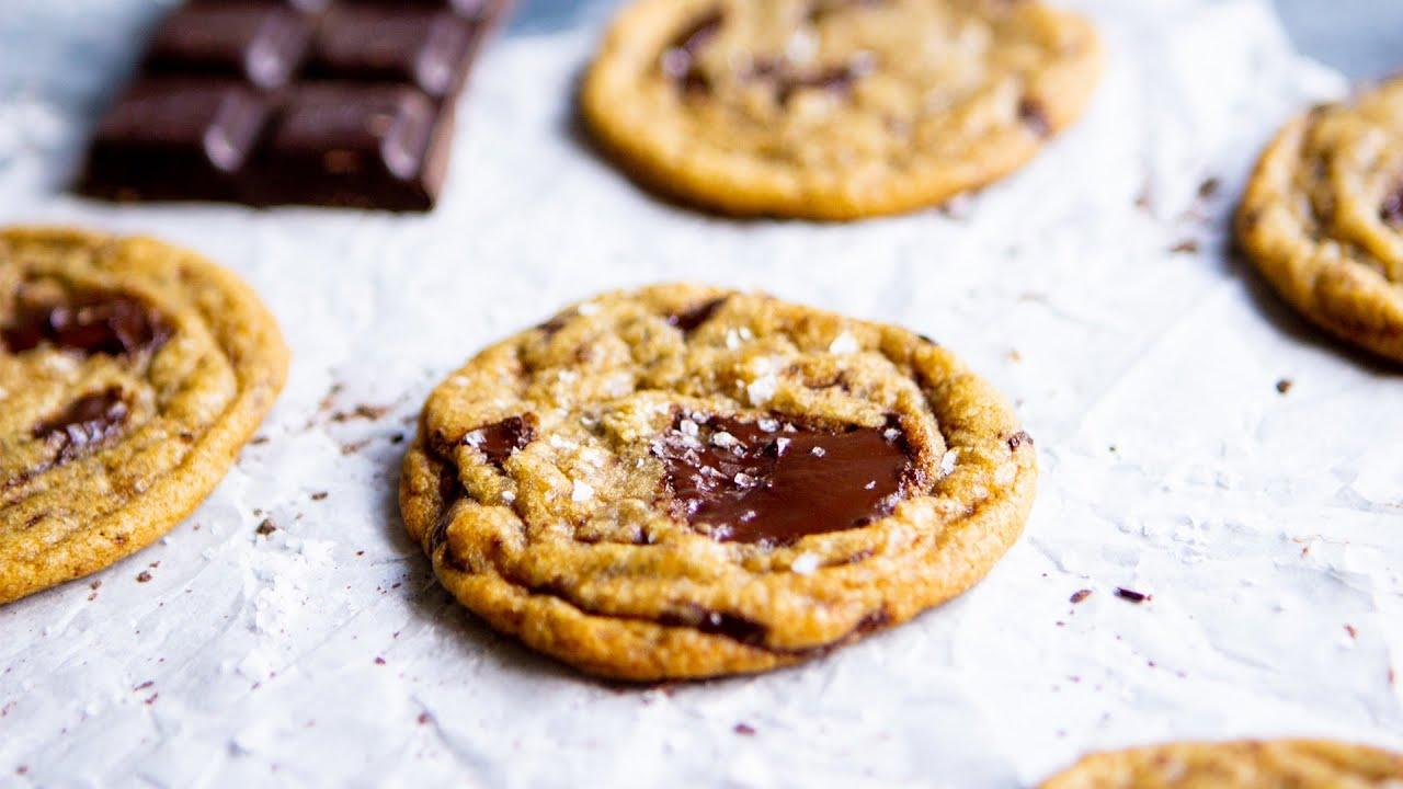 Perfect Vegan Chocolate Chip Cookies - Hot Chocolate Hits
