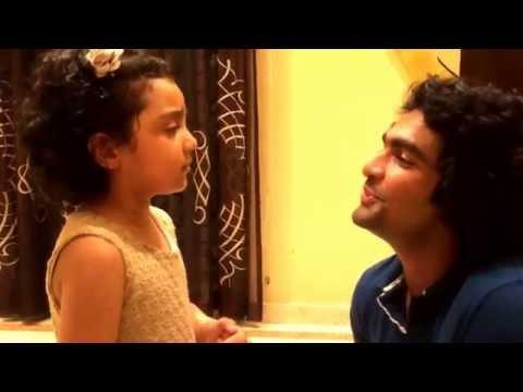 Arianna - 3yrs - impromptu singing with Thaikkudam Bridge's Siddharth Menon